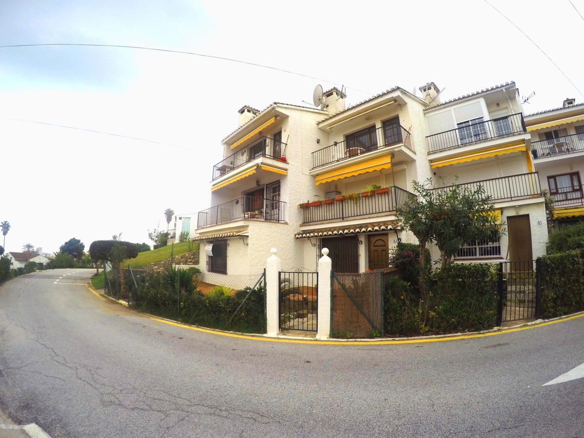 Ground Floor Apartment, La Cala de Mijas, Costa del Sol. 2 Bedrooms, 2 Bathrooms, Built 70 m², Terra, Spain