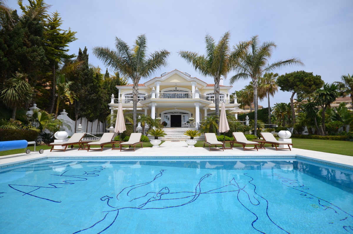 One of the elite properties in southern Spain, this luxury Marbella property affords its guests the ,Spain
