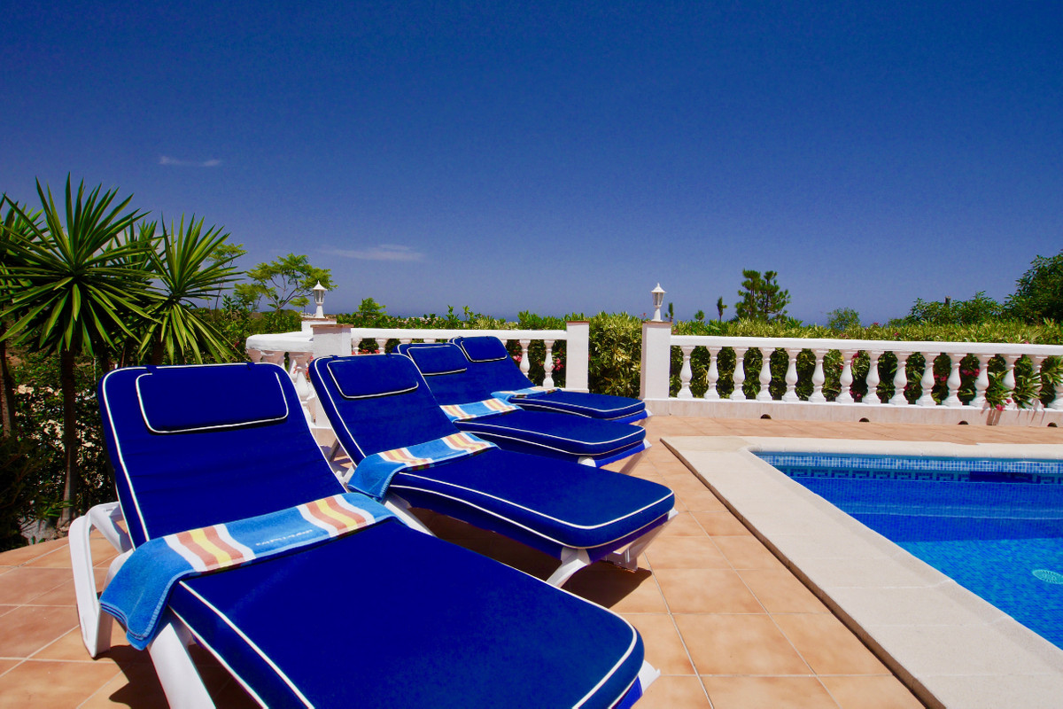 This beautifully presented villa is located five minutes from La Cala de Mijas in a very private loc,Spain