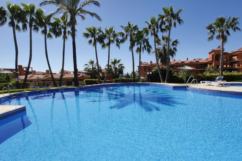 Beautiful apartment in very good condition, consisting of a ground floor apartment with private gard,Spain