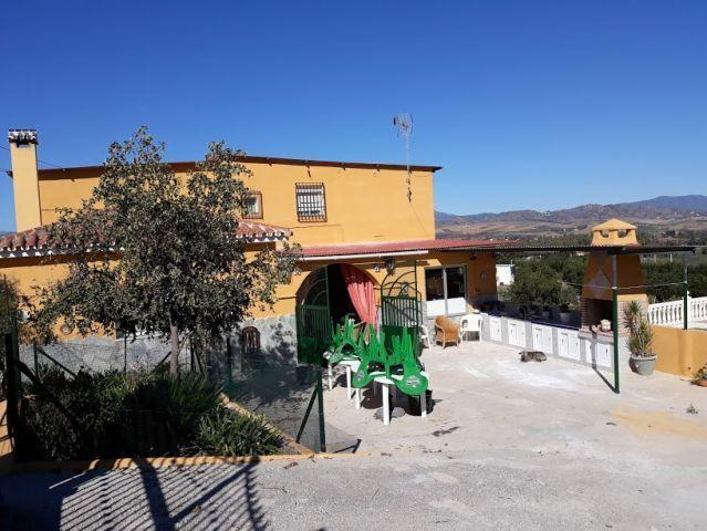 Bed and Breakfast, Coin, Costa del Sol. 6 Bedrooms, 2 Bathrooms, Built 229 m², Garden/Plot 7000 m². Spain