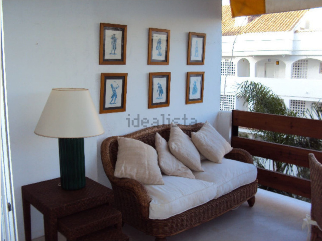 Middle Floor Apartment, Guadalmina Baja, Costa del Sol. 2 Bedrooms, 2 Bathrooms, Built 123 m², Terra, Spain