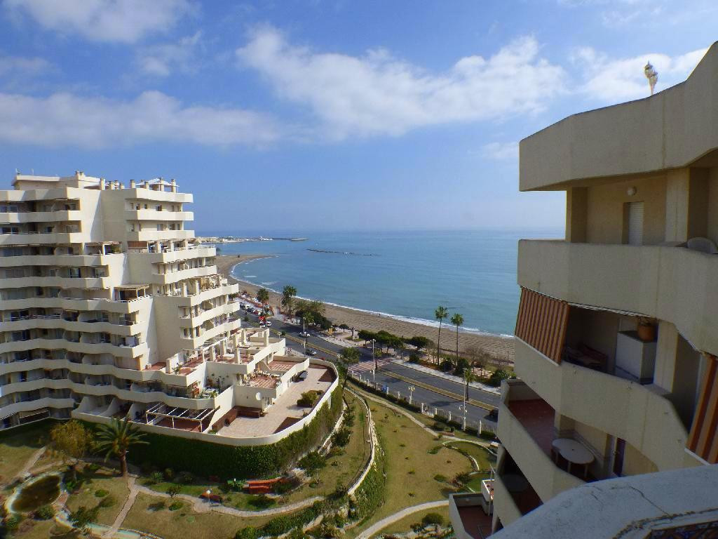 Estudio with 2 suny terraces and sea views! Located  150 meters of the beach,  2 terraces and one of,Spain