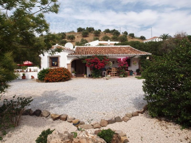 Beautiful Villa in the countryside with marvellous panoramic views to the mountains, Sun all day, pa,Spain