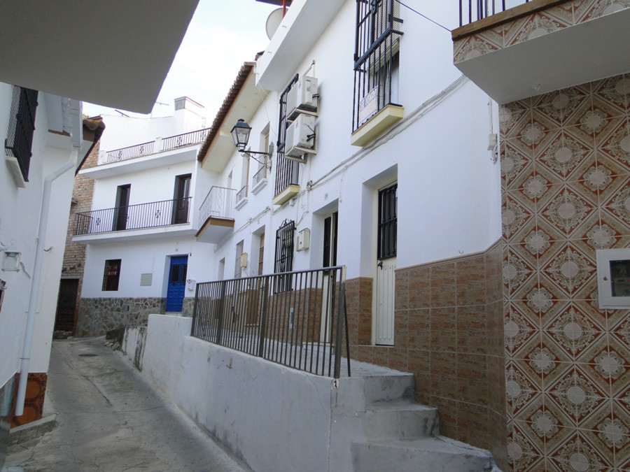 This town house is located in centre of the Guaro village.  The ground floor consists of small livin,Spain