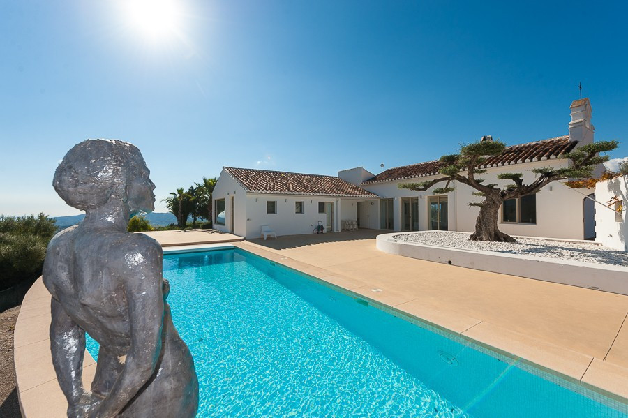 CONTEMPORARY VILLA SURROUNDED BY PANORAMIC VIEWS AND NATURAL BEAUTY  With panoramic views to the mou, Spain