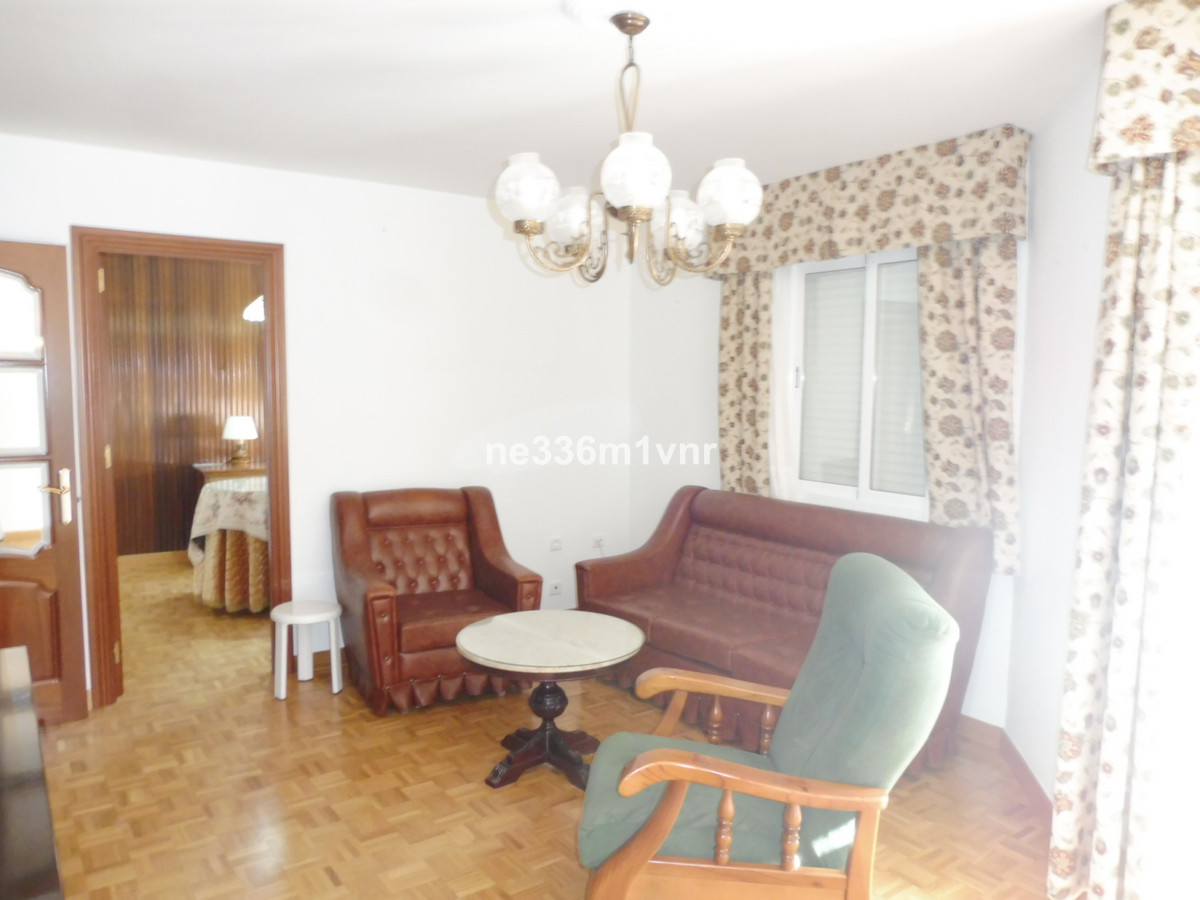 FLAT WITH TERRACE CLOSE TO THE HISTORICAL CENTER!  The property consists of 80 m2 distributed in 3 b, Spain
