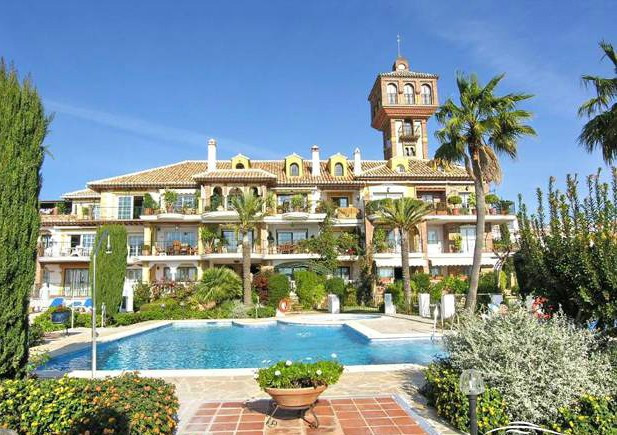 ***RESERVED***  An immaculate two bedroom apartment in the renowned and popular Puebla Aida complex ,Spain