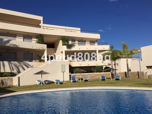 East facing unfurnished 1st floor apartment with sea views set within Lomas de los Monteros, a quiet, Spain