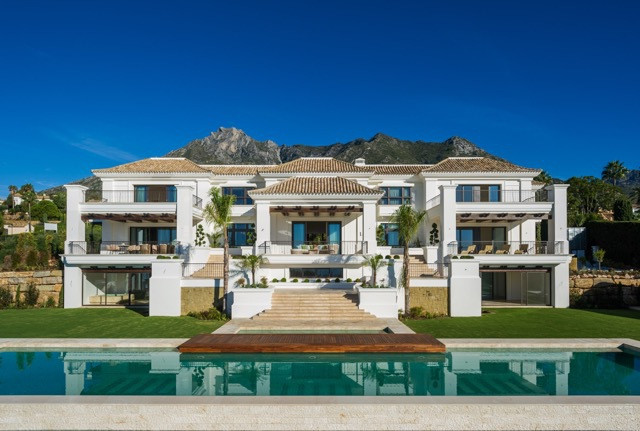This Impressive newly built villa in the prestigious upmarket area of Sierra Blanca, sits on a large,Spain