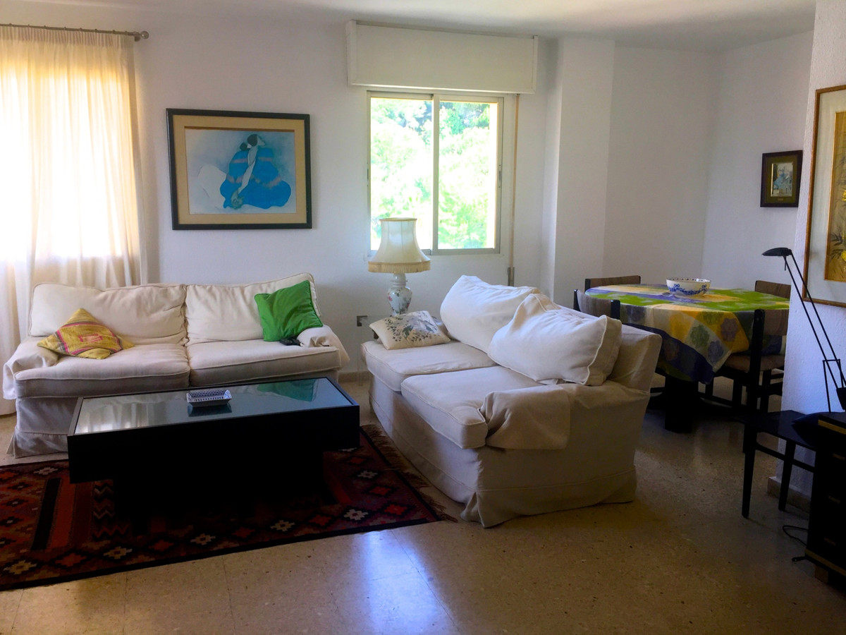 BARGAIN PROPERTY Great home located in the center of Marbella walking to all amenities and services., Spain