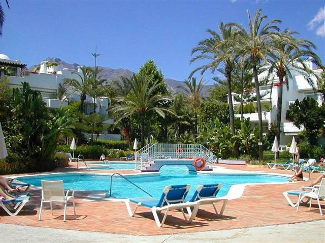 Splendid apartment in one of the most sought after residential complexes on Marbella's Golden Mi, Spain