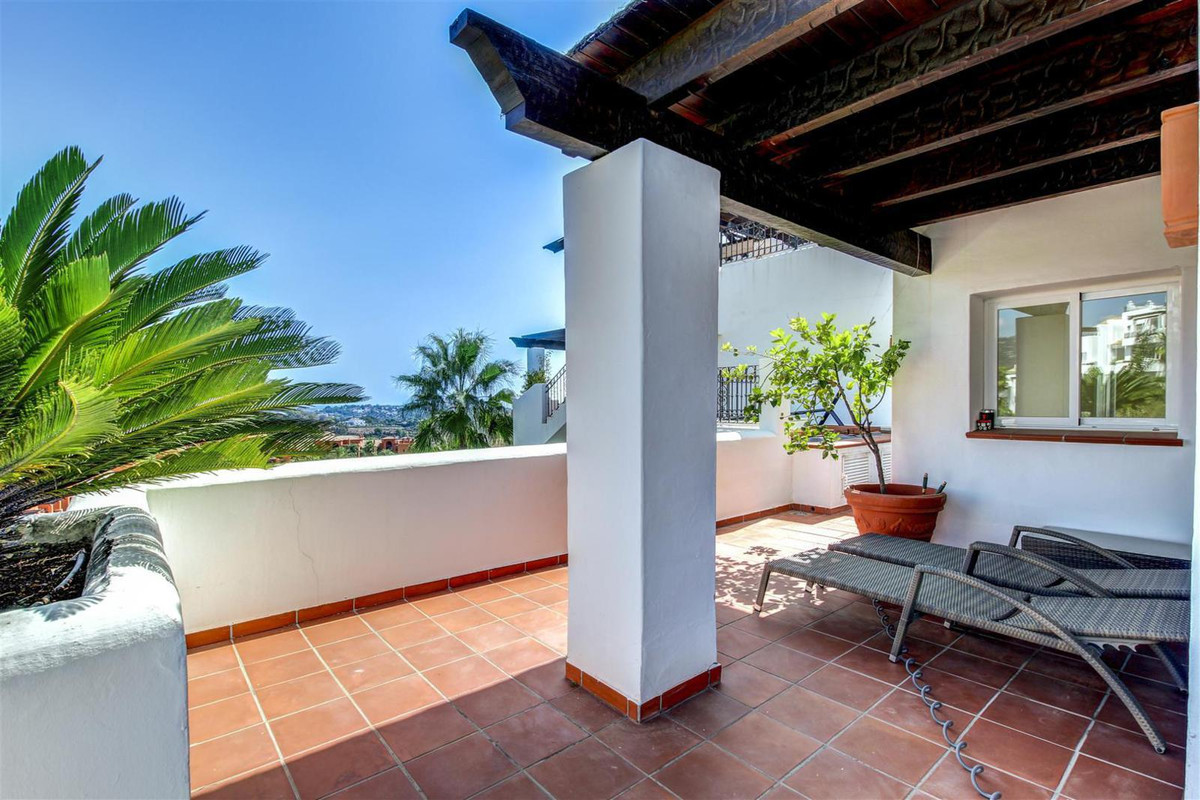 This great two-level penthouse is located in a prestigious area of Benahavis – Atalaya. Walking dist, Spain