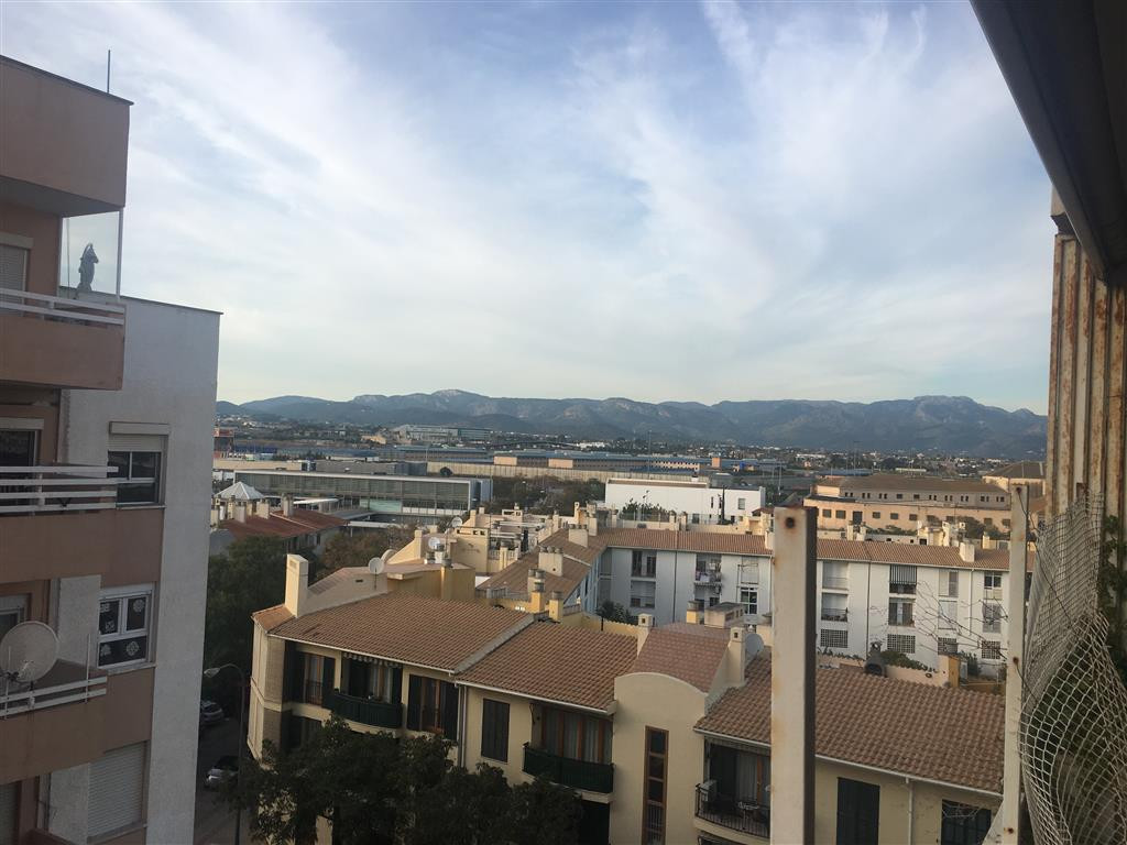 Cas Capiscol (Palma), flat of 110 m2 with balcony of 7 m2 with 3 bedrooms (formerly 4) living room, , Spain