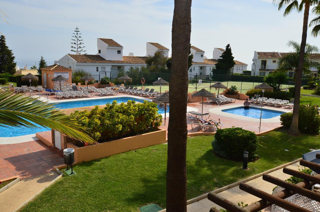 GREAT TWO BEDROOM TOWNHOUSE ON ONE OF THE COASTS MOST POPULAR RESORTS   This sunny, south facing two, Spain