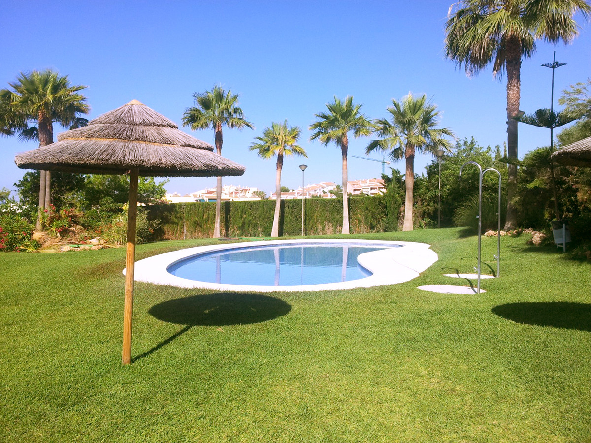One of the last units in this BEACHSIDE complex situated in BENALMADENA COSTA.  This complex is situ,Spain