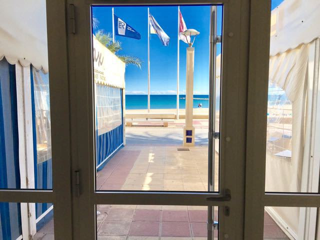 2 bedroom apartment in very good condition with direct access to the Campello beachside promenade.  ,Spain