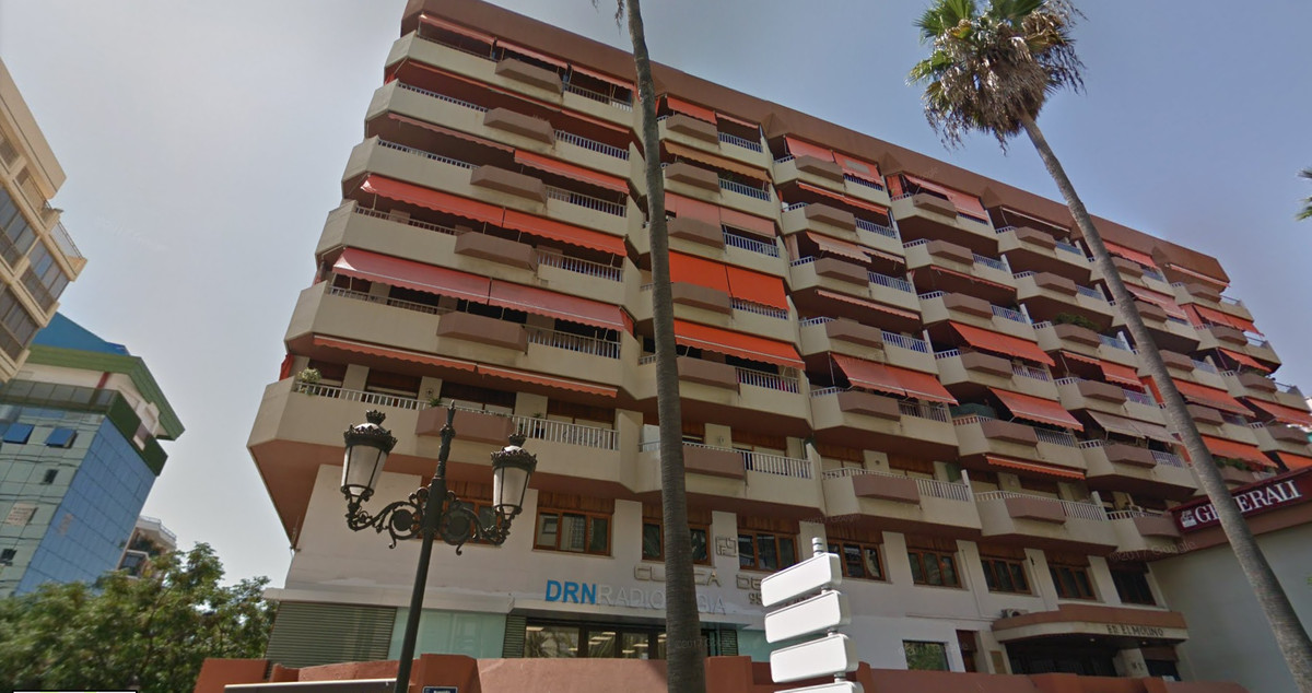 1 bedroom apartment in Marbella center  1 bedroom apartment located in the heart of the city, beach ,Spain