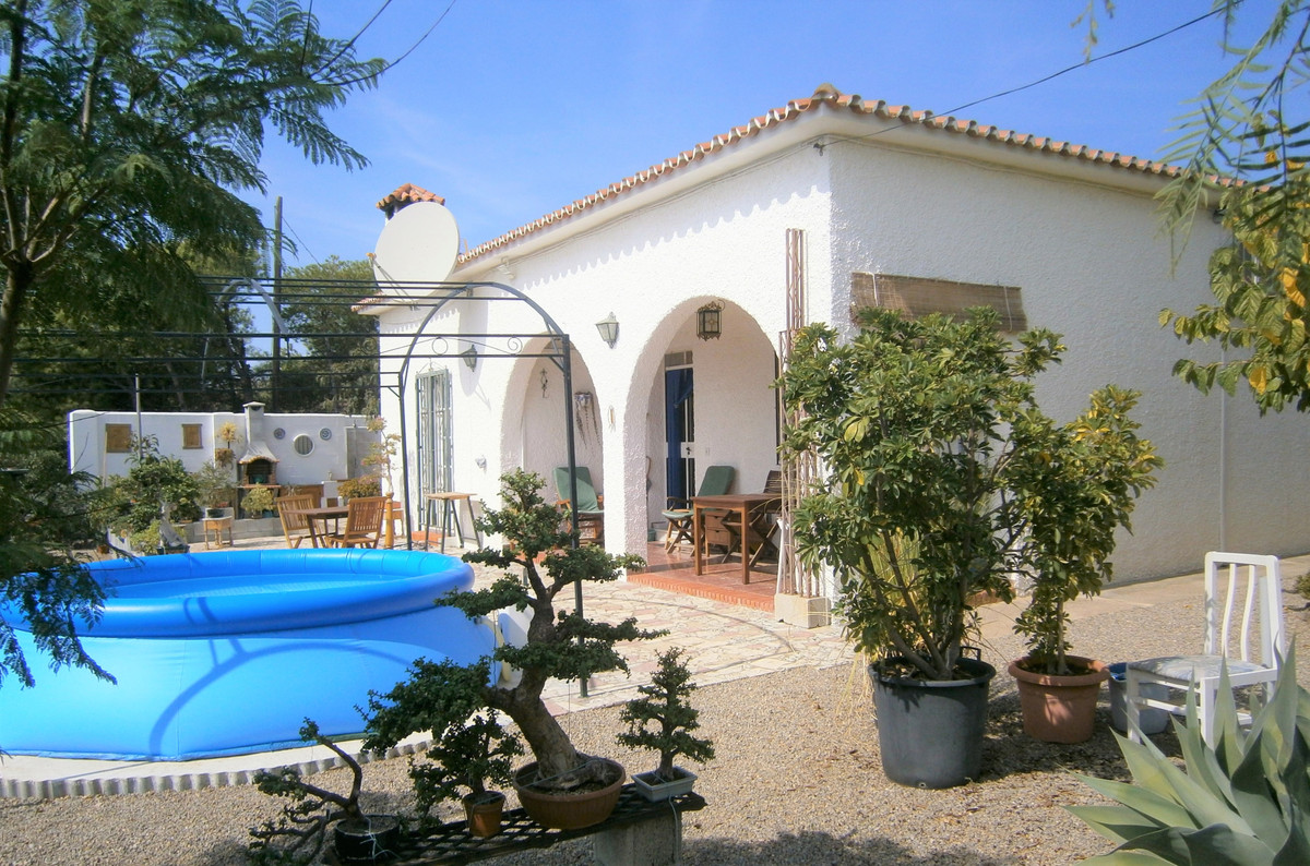 Beautiful villa in Benajarafe with stunning views of the sea and the surrounding mountains. The hous, Spain