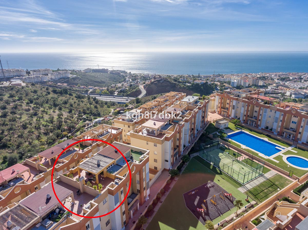 Penthouse in Urb. Vista Bahia ready to move in. 94m2 useful +30 m2 terrace on the main floor. Solari, Spain