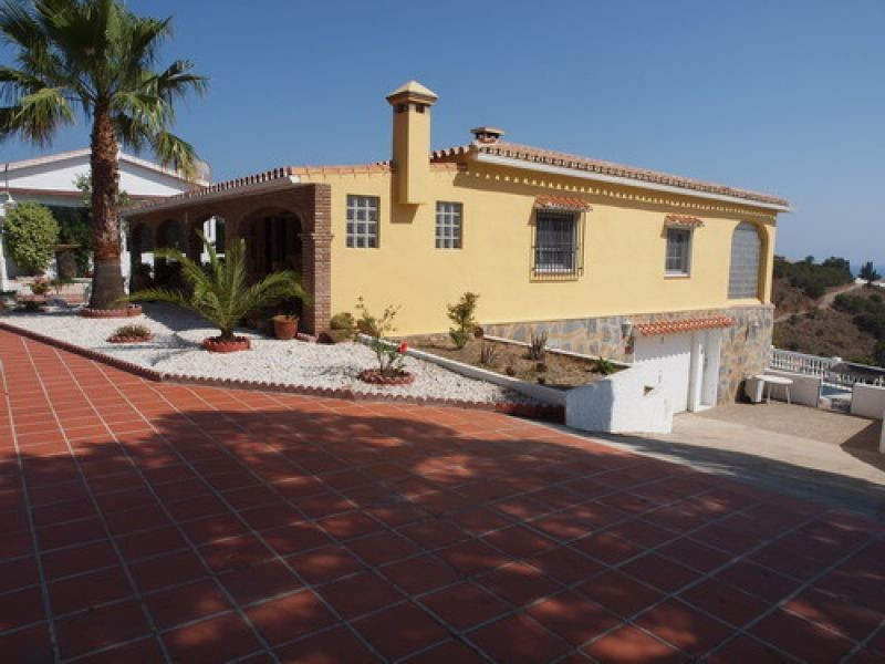 Beautiful Villa in a quiet rustic area with fantastic sea views and near to the beach, ff-kitchen, s, Spain