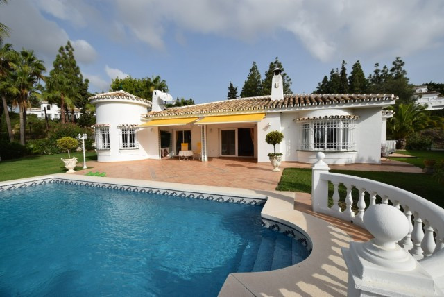 Immaculate luxury detached one level villa beside the golf course of El Chaparral with lovely sea vi, Spain
