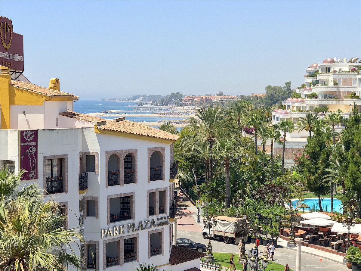 A well presented apartment in the heart of Puerto Banus that has been recently completely refurbishe,Spain