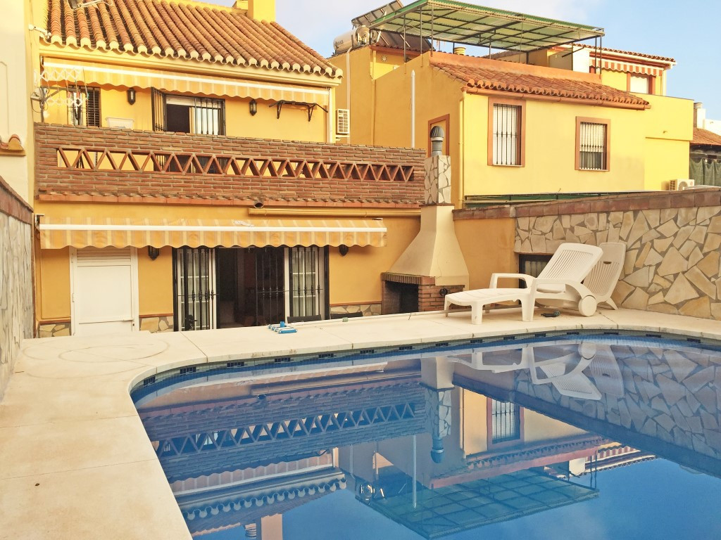 OPPORTUNITY, TOWNHOUSE FOR SALE AT 5 MINUTES FROM  MARBELLA CENTRE Townhouse completely refurbished,,Spain