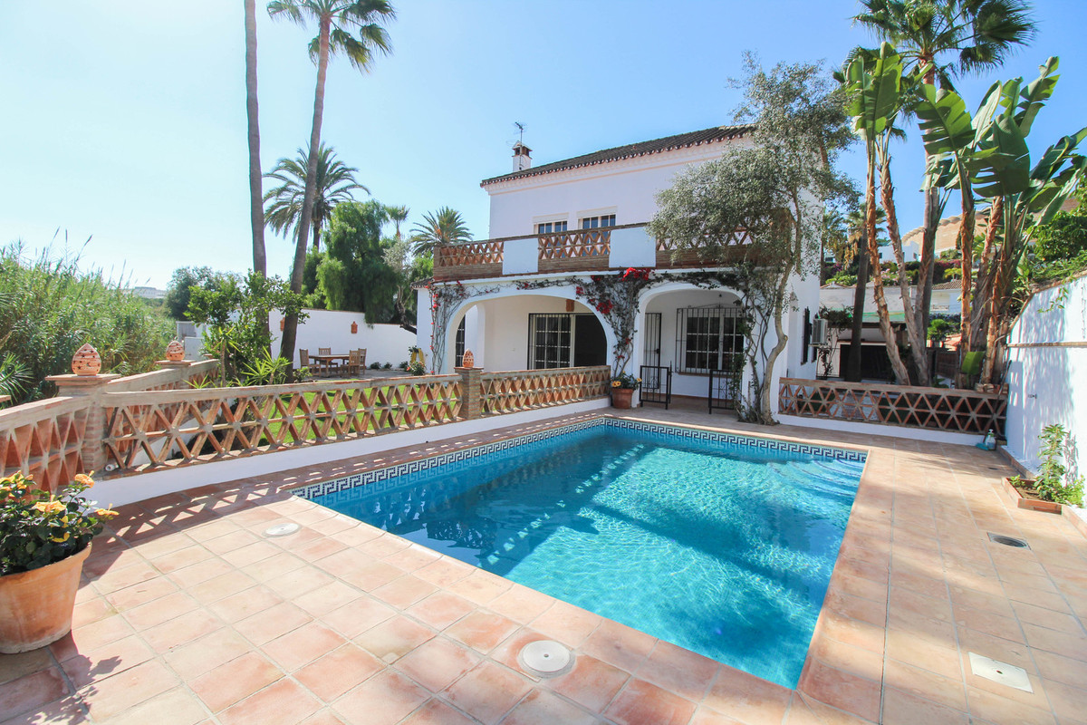 New on the market! This rustic villa is located just a stroll away from the port of Puerto Banus, th,Spain