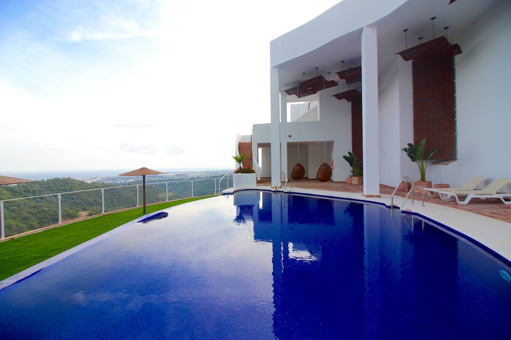 Impressive rustic house in the mountains just 10 minutes from Puerto Banus. Incredible views of the ,Spain