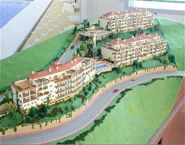 Up to 80% financing in the purchase of land + up to 80% financing in construction.  Urban plot, read,Spain
