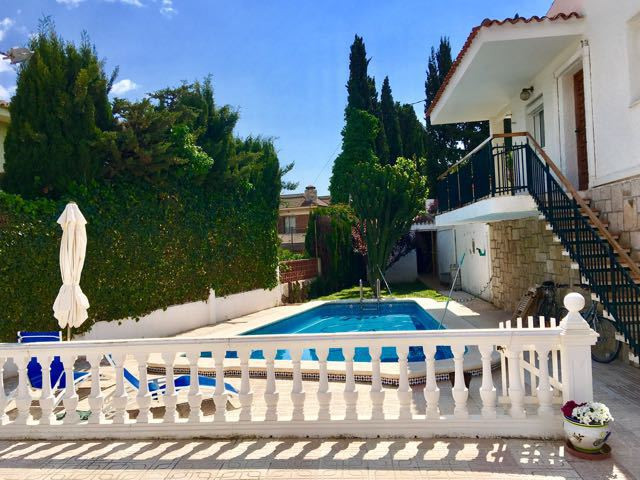Charming 3 bedroom villa with pool within walking distance to beaches and tramstop near the centre o,Spain