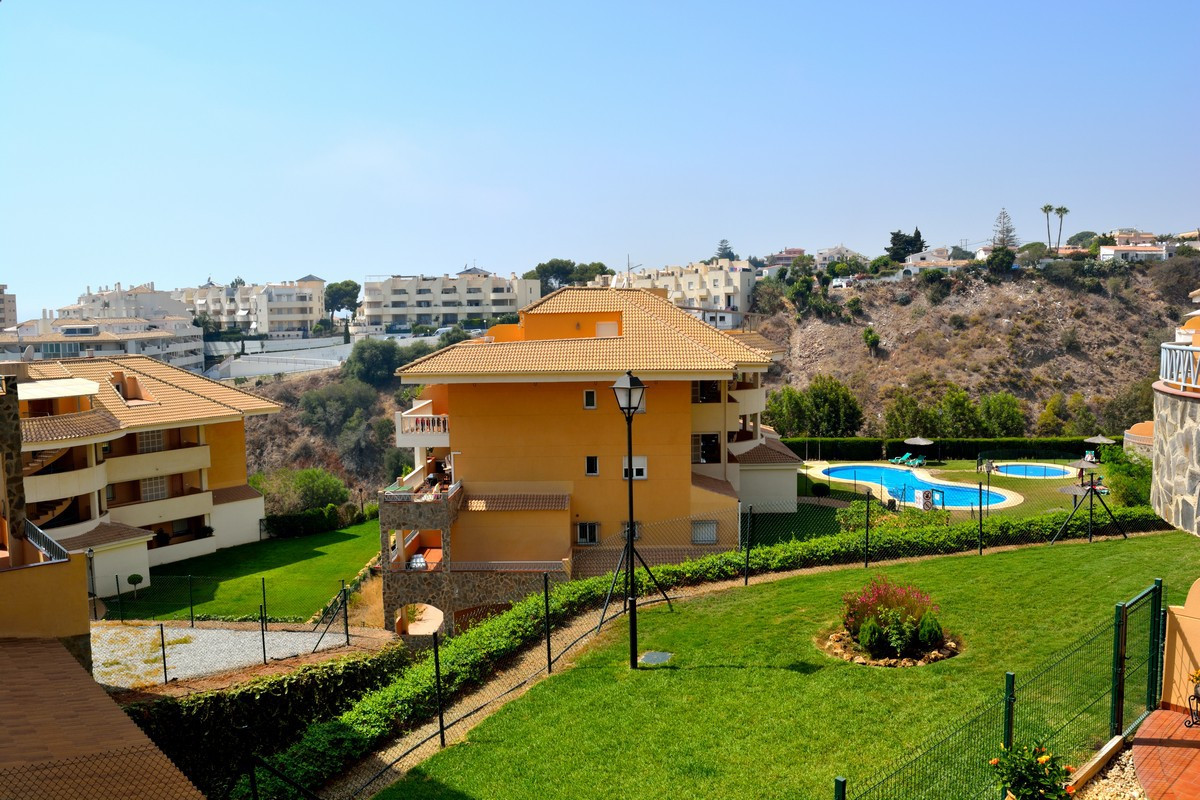 A very nice one bedroom apartment in a quiet residential urbanization close to Fuengirola and within,Spain