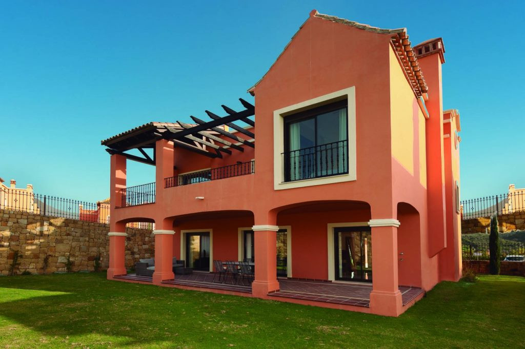 Terraced villa on the first line of Golf, with modern design. Nearby - hospitals, schools, shopping , Spain