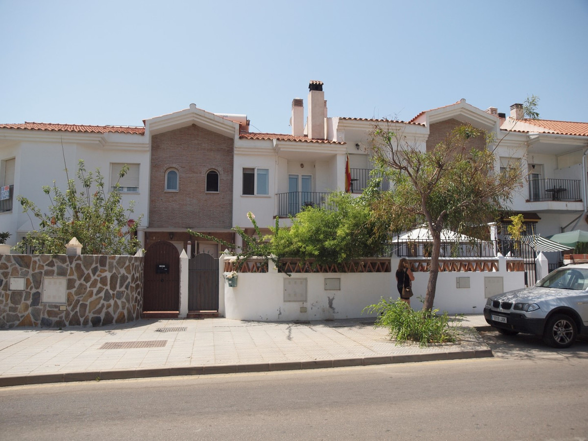Town House in Torre del Mar near the Hospital. The House has a living/dining room with fireplace, ki, Spain