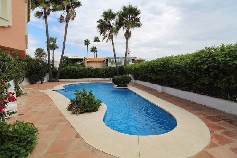 Semidetached second line  in The Golden mile the property  comprises as following  Two levels, on th,Spain