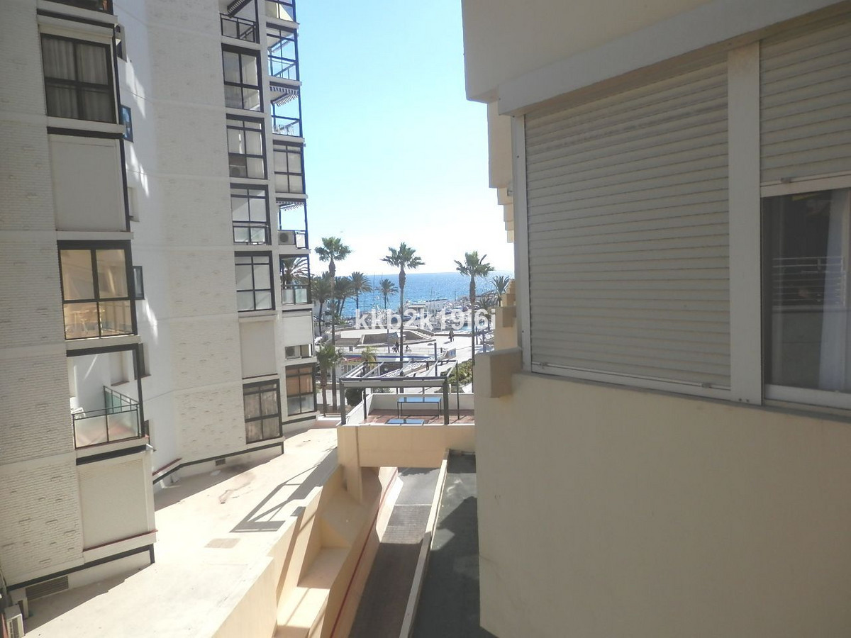Apartment for sale of 44 sqm, on the promenade near to the Marina of Marbella. Studio with two close, Spain