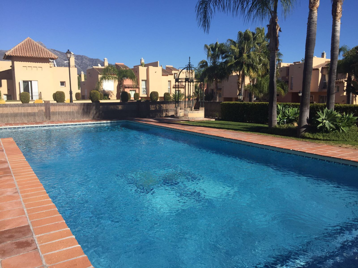 BARGAIN!!! Well-located townhouse for sale at Nueva Andalucia, Costa del Sol. In excellent condition, Spain