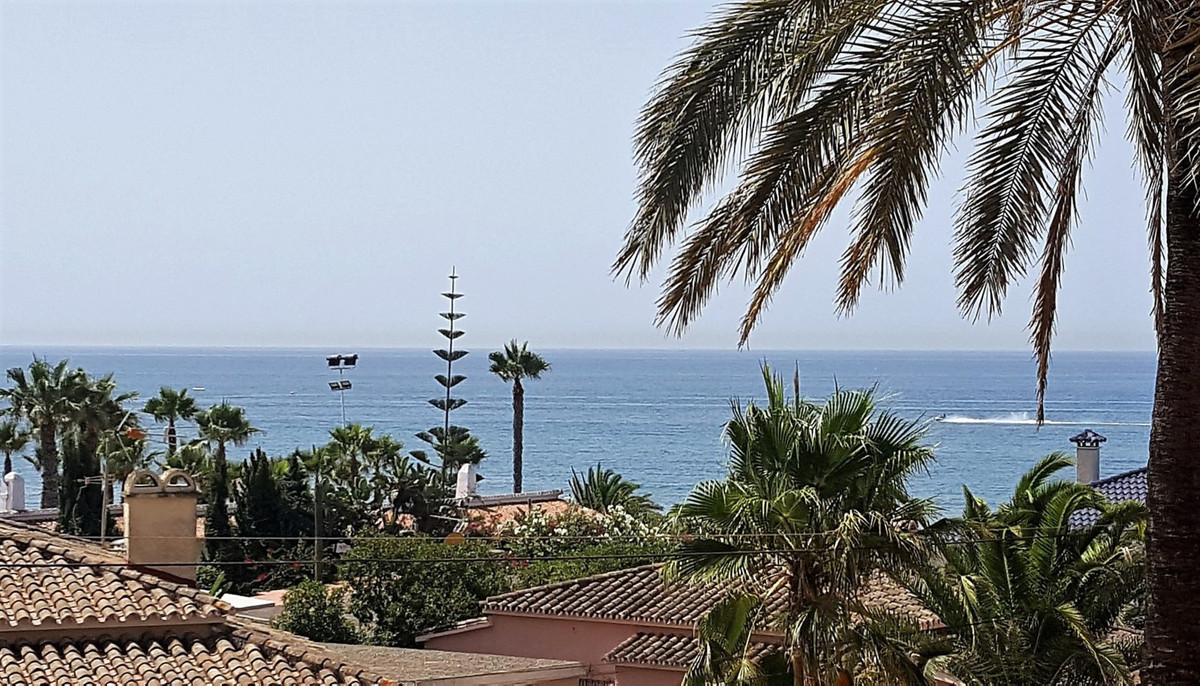 !!! OPPORTUNITY, 100 METERS FROM THE BEST BEACHES OF THE COAST !!!  Magnificent 2 bedrooms apartment,Spain