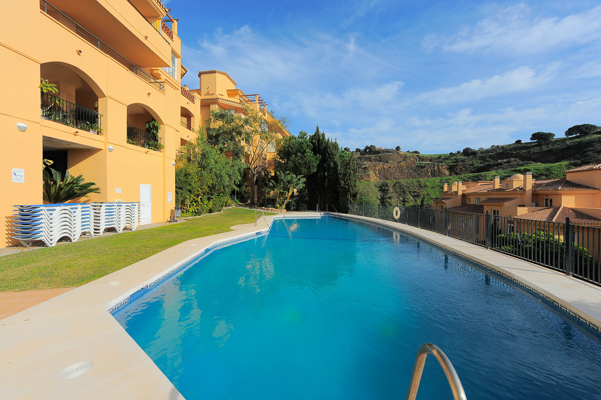 Situated on a sought-after gated complex set amid the hills of Calahonda, and with immaculately main,Spain