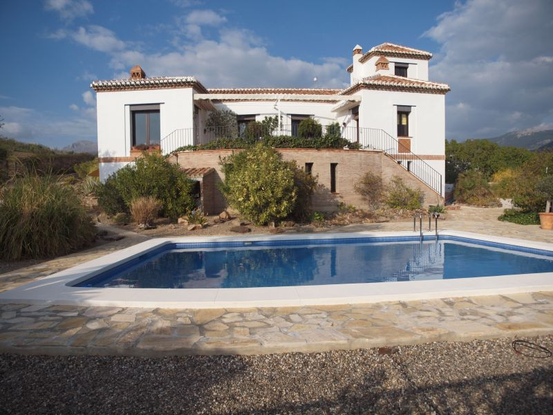 Wonderful villa in La Vinuela with panoramic views to the mountains and the Lake of La Vinuela. The ,Spain