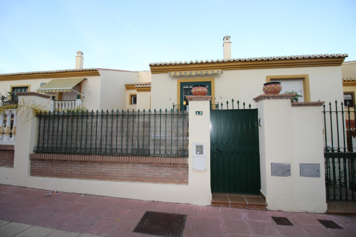 Beautiful townhouse in one of the best areas of Torre del Mar overlooking the mountains and the sea., Spain