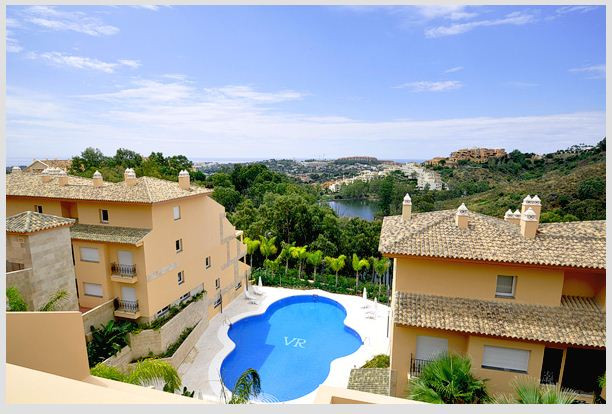 OFFERS WELLCOME!!! REDUCED FROM 455.000€ Luxurious residential complex, of 93 homes and 182 parking , Spain