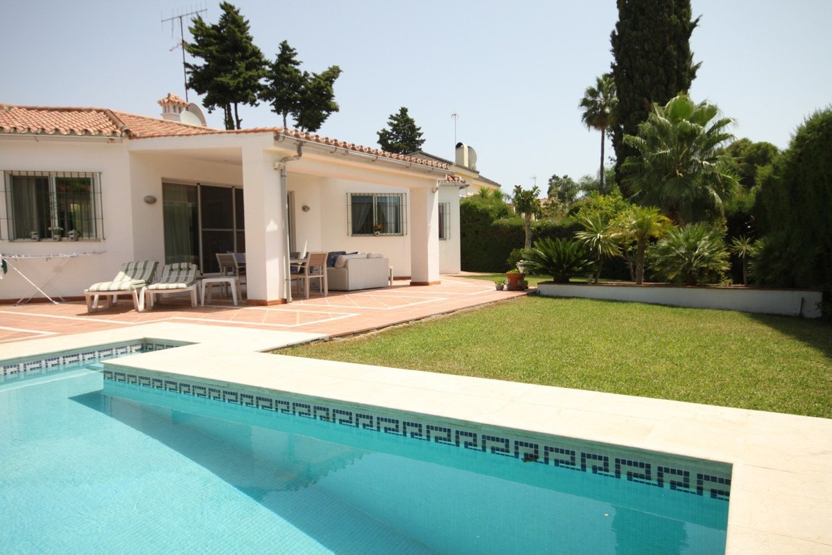 This wonderful villa is located within the highly sought after Guadalmina Alta area. Constructed app, Spain