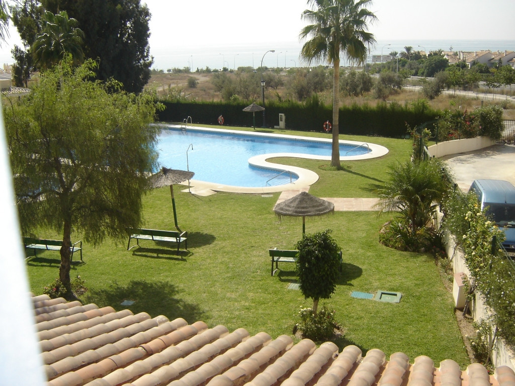 Beautiful semi-detached house in Chilches with 4 bedrooms, 2 bathrooms and 1 WC for sale.  The prope,Spain