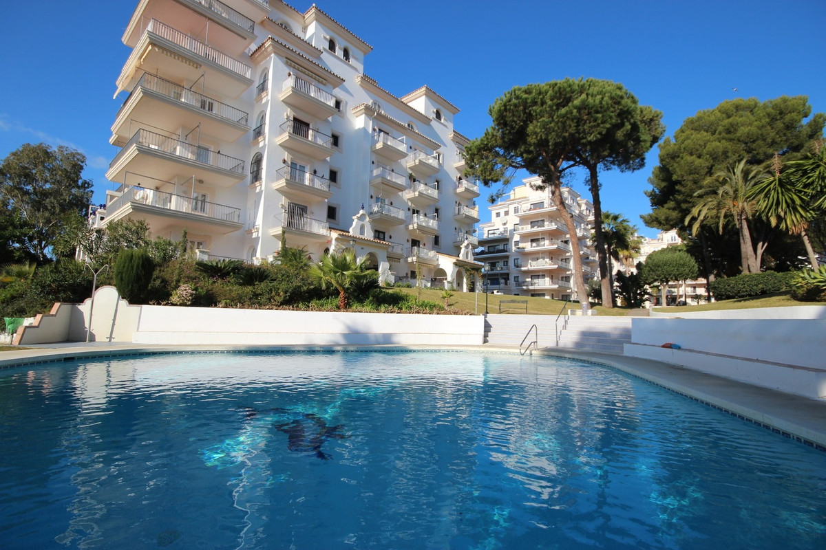 RESRVADO !!   Great apartment in the heart of Puerto Banus! In an luxury  and exclusive area, this b Spain