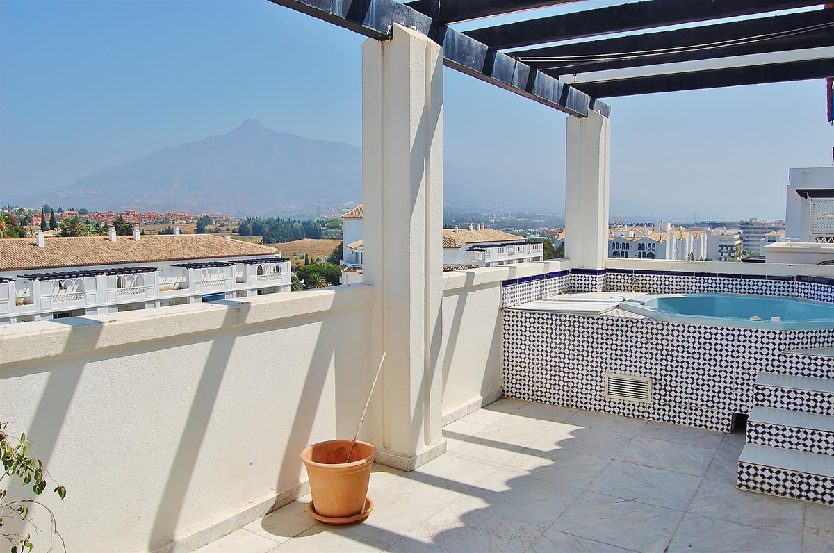 This superb penthouse is located in a luxurious frontline beach residential complex in Puerto Banus,,Spain