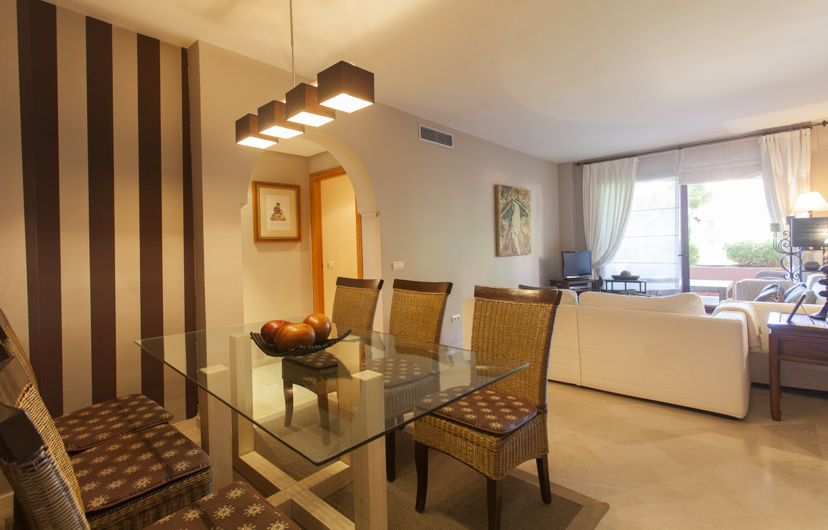 ALICATE PLAYA, MARBELLA apartment with 2 bedrooms and 2 bathrooms (one of them in-suite). All rooms ,Spain