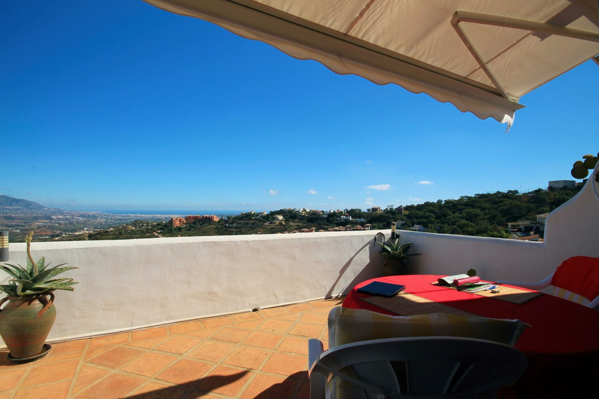 Surrounded by natural cork oak trees, pine forests and with commanding views to the sea, lush mounta,Spain