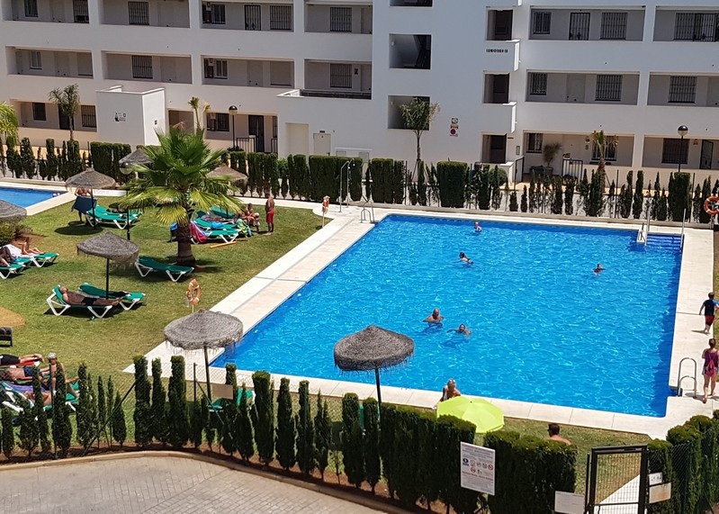 **** RESERVED**** Delightful 3 Bedroom, 2 Bathroom apartment in a great location between Miraflores , Spain